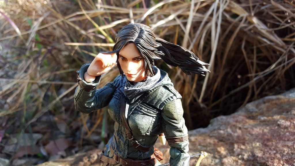Play Arts Tomb Raider